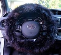 Potah na volant design Fluffy Fur barva černá - pro volanty o průměru 37-39cm