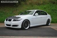 Potah kapoty BMW 5 E60/E61 sedan/Touring -- od roku výroby 2003- (materiál černý vinyl)
