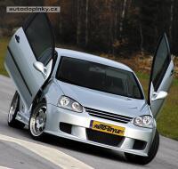 Dynamik Style přední sportovní maska (ABS plast bez znaku) VW Golf V